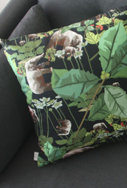 jungle cushion 20% SALE